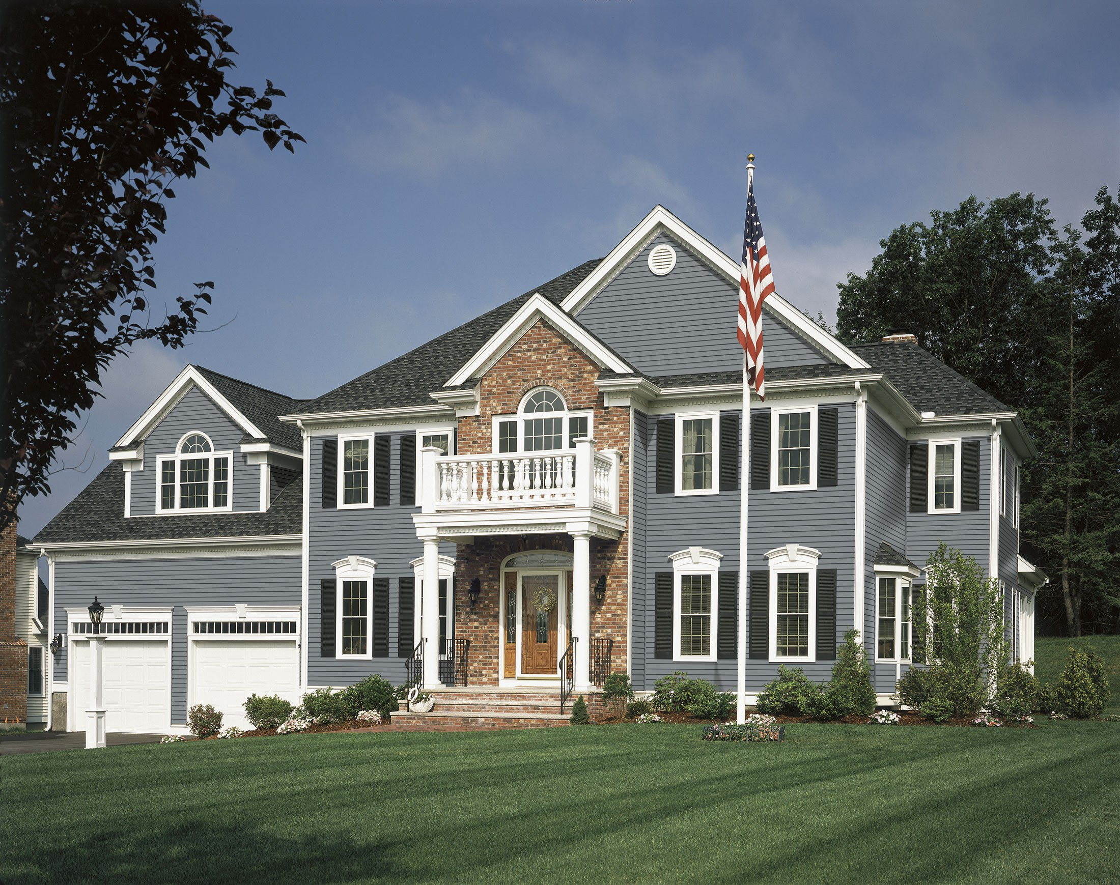 Brick And Vinyl Siding Color Combinations
